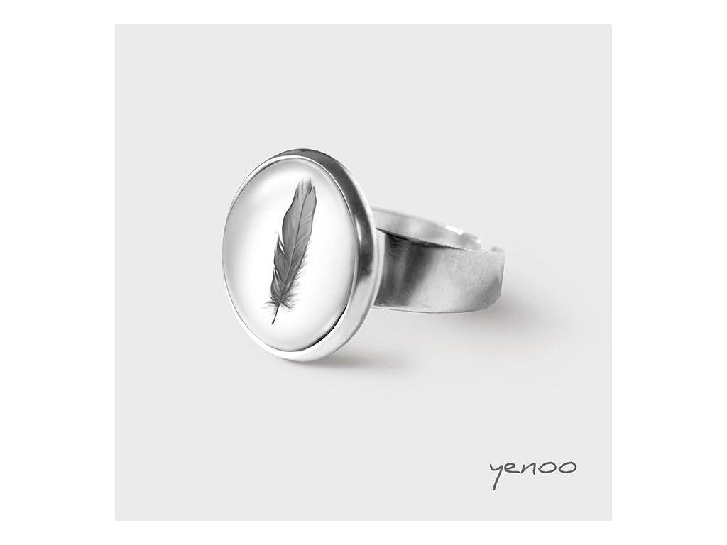 Peříčko - Prstýnek s grafickým designem