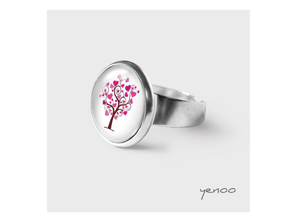 Milující strom - Prstýnek s grafickým designem