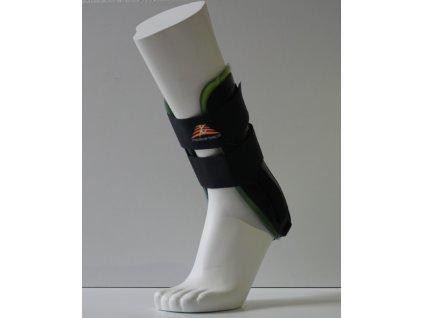 Kotníková ortéza s plnou chladící vložkou Medical Brace