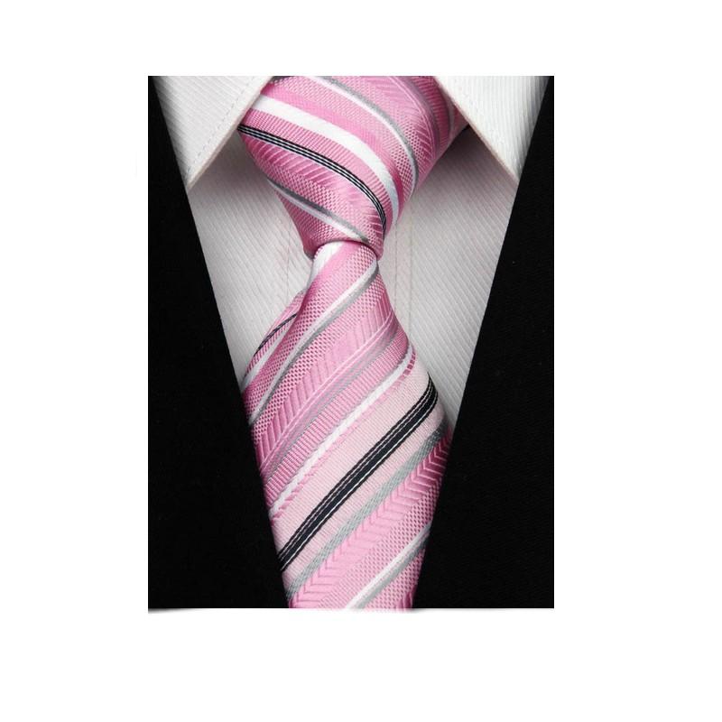 Růžové kravaty