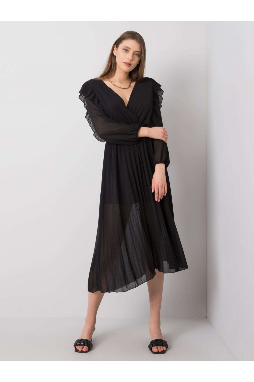 pol pl Czarna sukienka Frankie 362578 1
