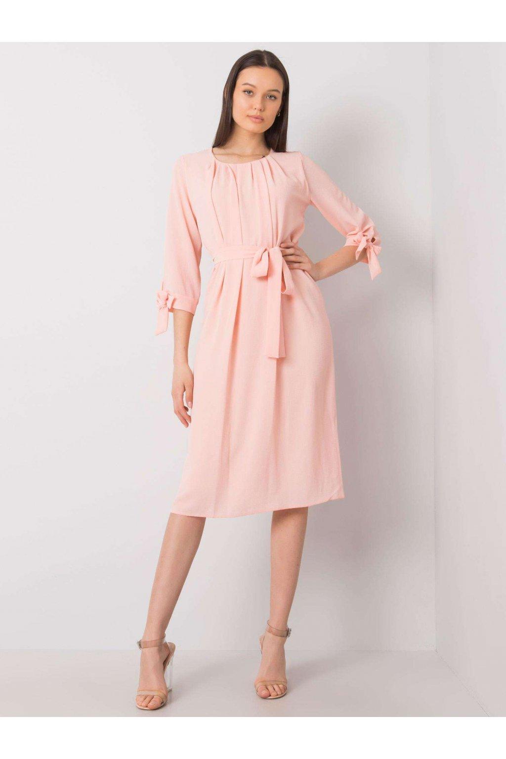 pol pl Jasnorozowa sukienka koktajlowa Alethea 366801 1