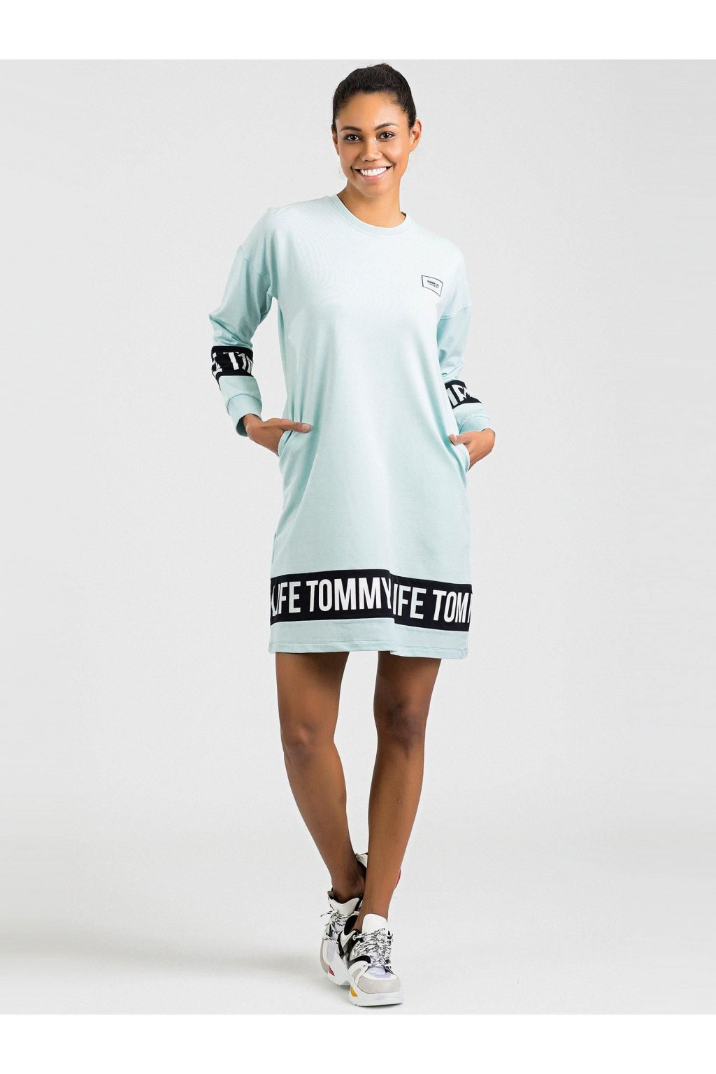 pol pl RUE PARIS Kobaltowy sweter Pose 339915 2