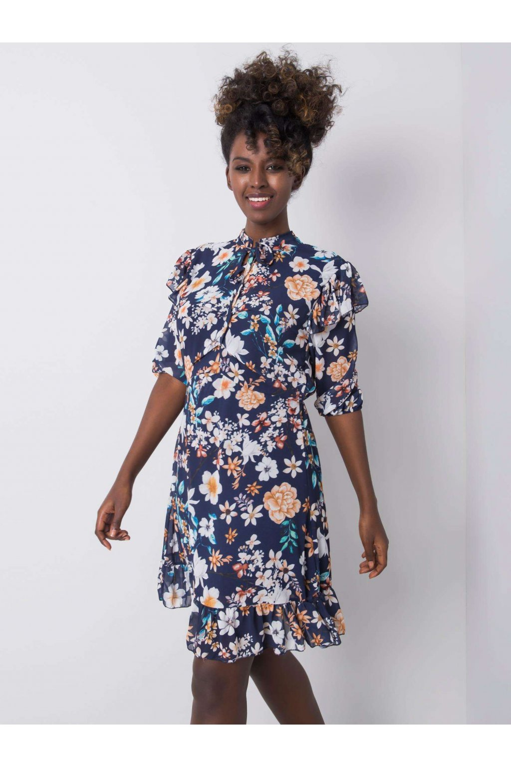 pol pl Granatowa sukienka w kwiaty Verity 364094 3