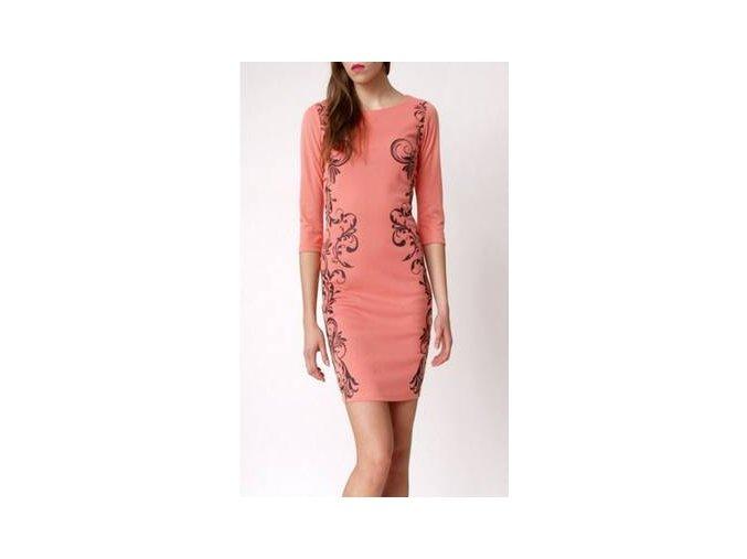 Elegantné šaty s ornamentom lososové