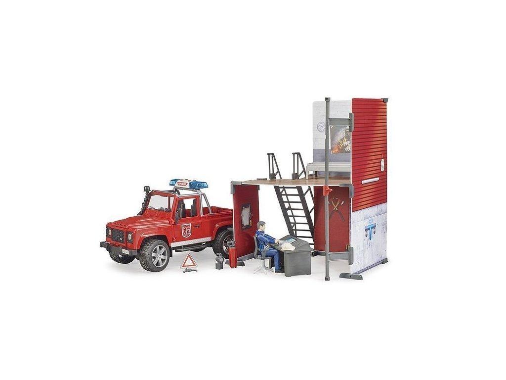 Bruder 62701 Land Rover Defender hasiči se stanicí a hasičemder 62701