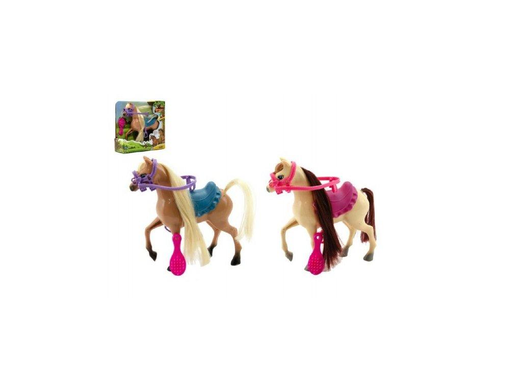 Kůň česací s doplňky