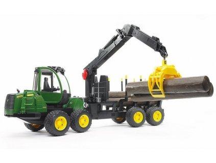 Lesnický traktor BRUDER John Deere 1210E s přívěsem nakládacím ramenem