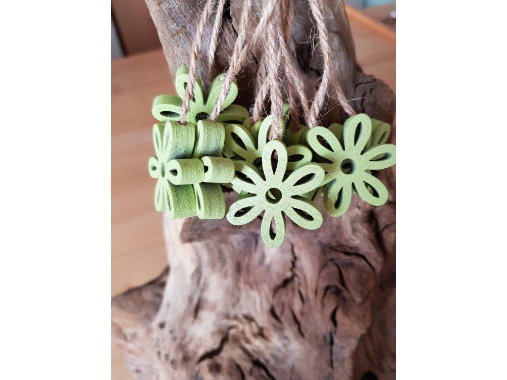 Dřevená kytička zelená