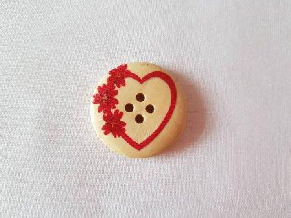 Dřevěný dekorační knoflík - červené srdíčko s kytičkou