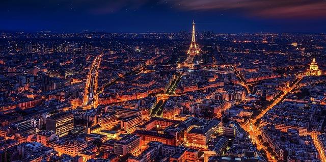 Autem do Francie - Povinnost vlastnit alkohol tester