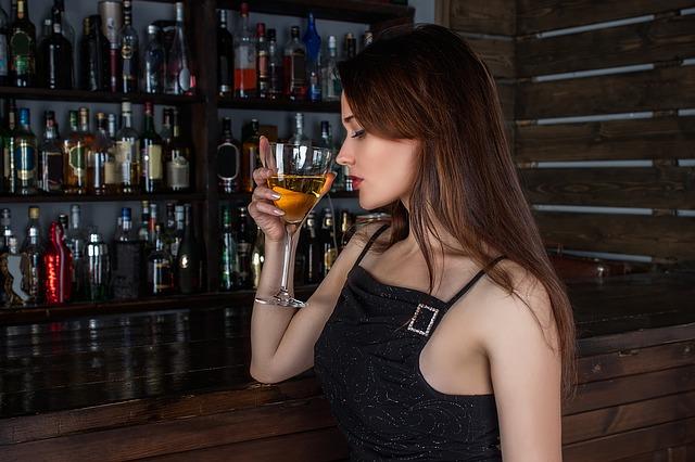 Alkohol na pracovišti - Výjimka, zda běžný jev?