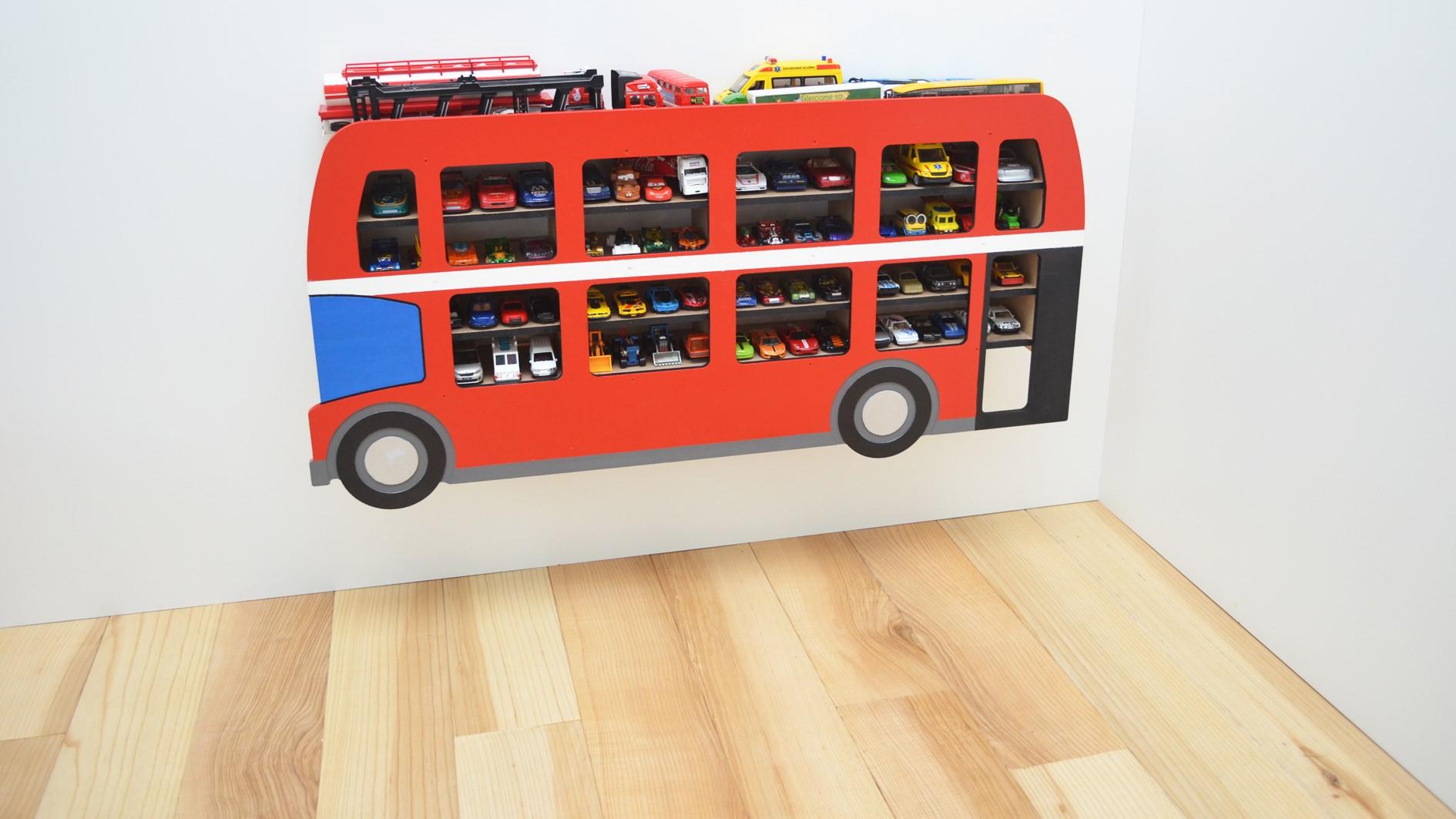 úvodní video - dětská police autobus, co najdete v balení