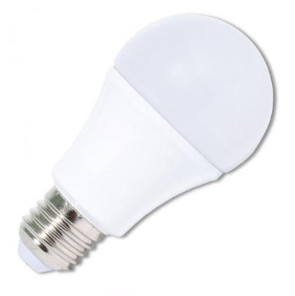 LED_zarovka_PVC