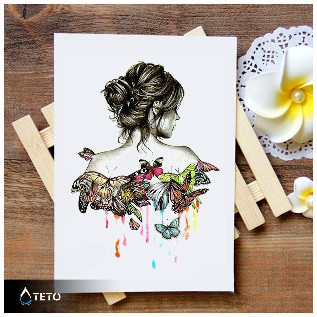 Portrét ženy s motýli