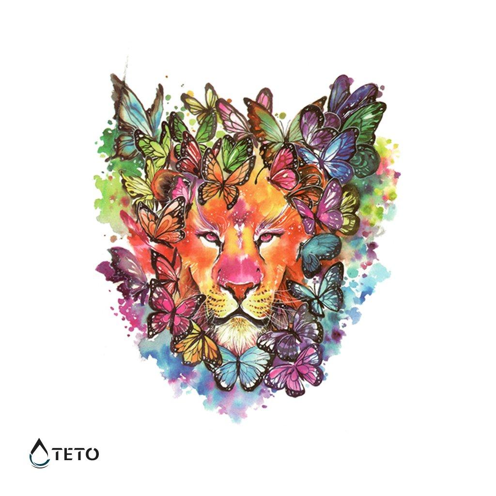 Lev s motýli