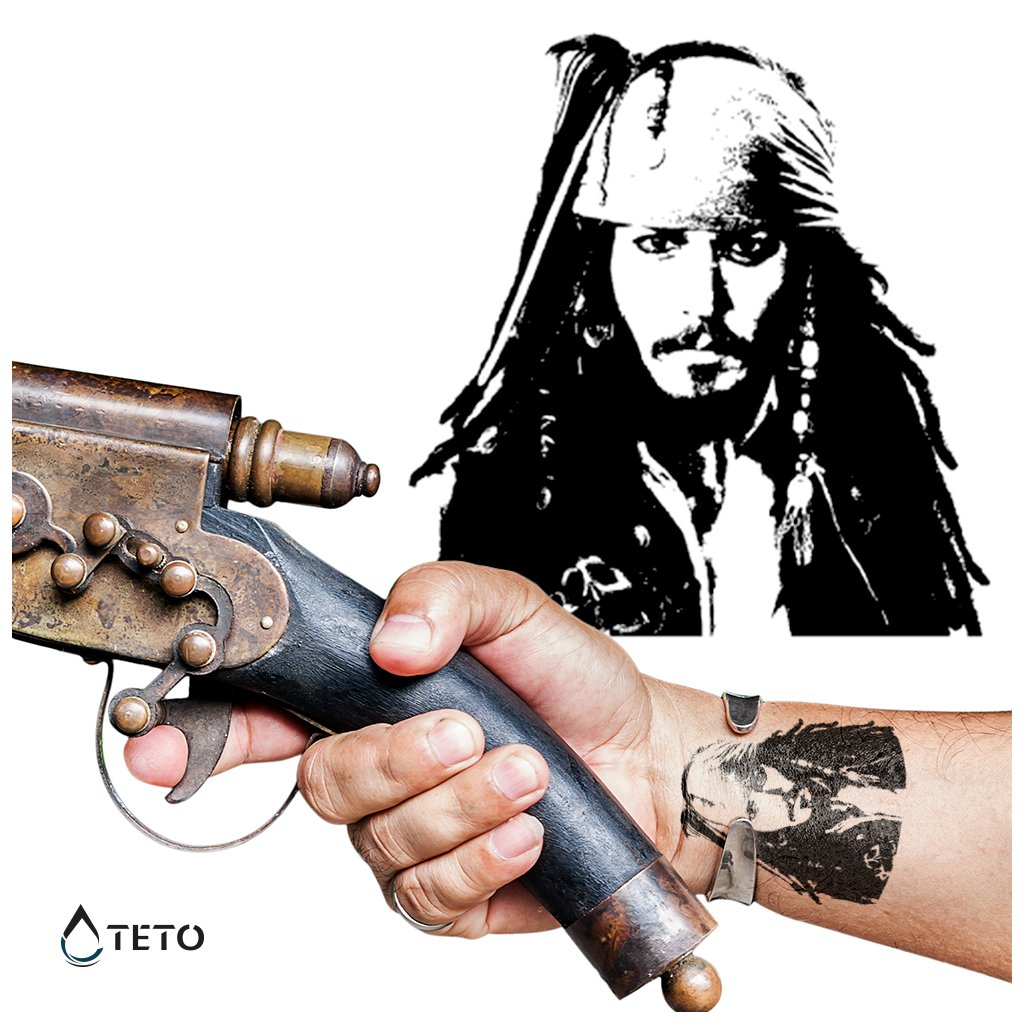 Johnny Depp – Jack Sparrow