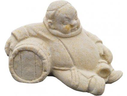 mnich se soudkem ležící