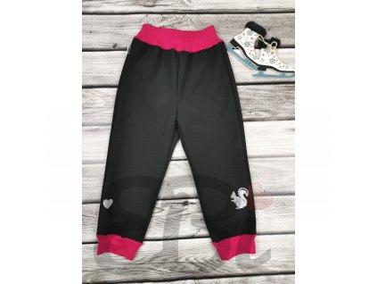 Zimní softshellové kalhoty - černé, veverka