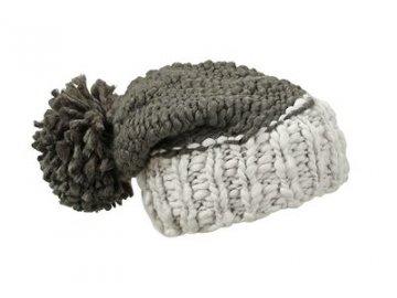 Čepice Coarse Knitted Hat with Pompon