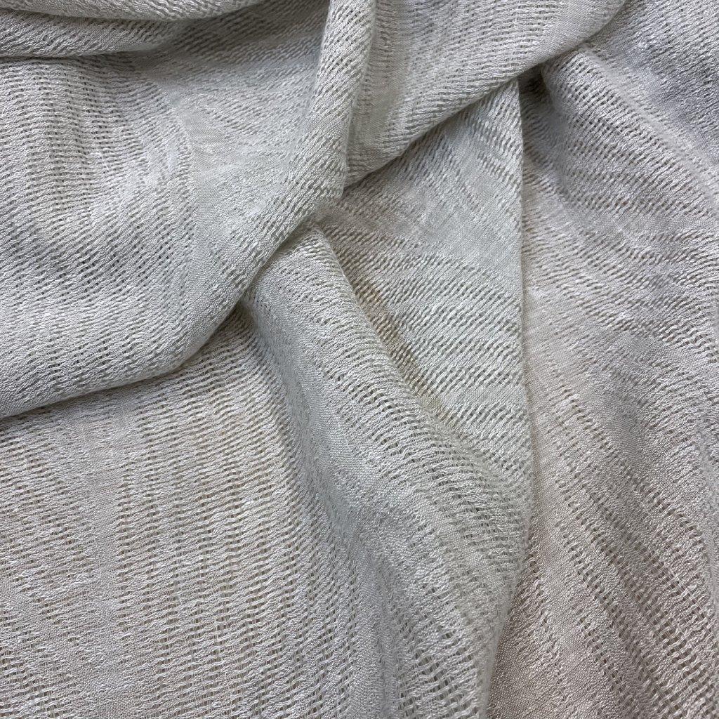 4506 len polyester transparentni kvetinovy vzor