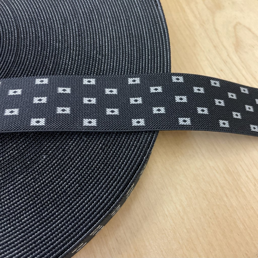 Pruženka na šle, vzor černá, 35mm