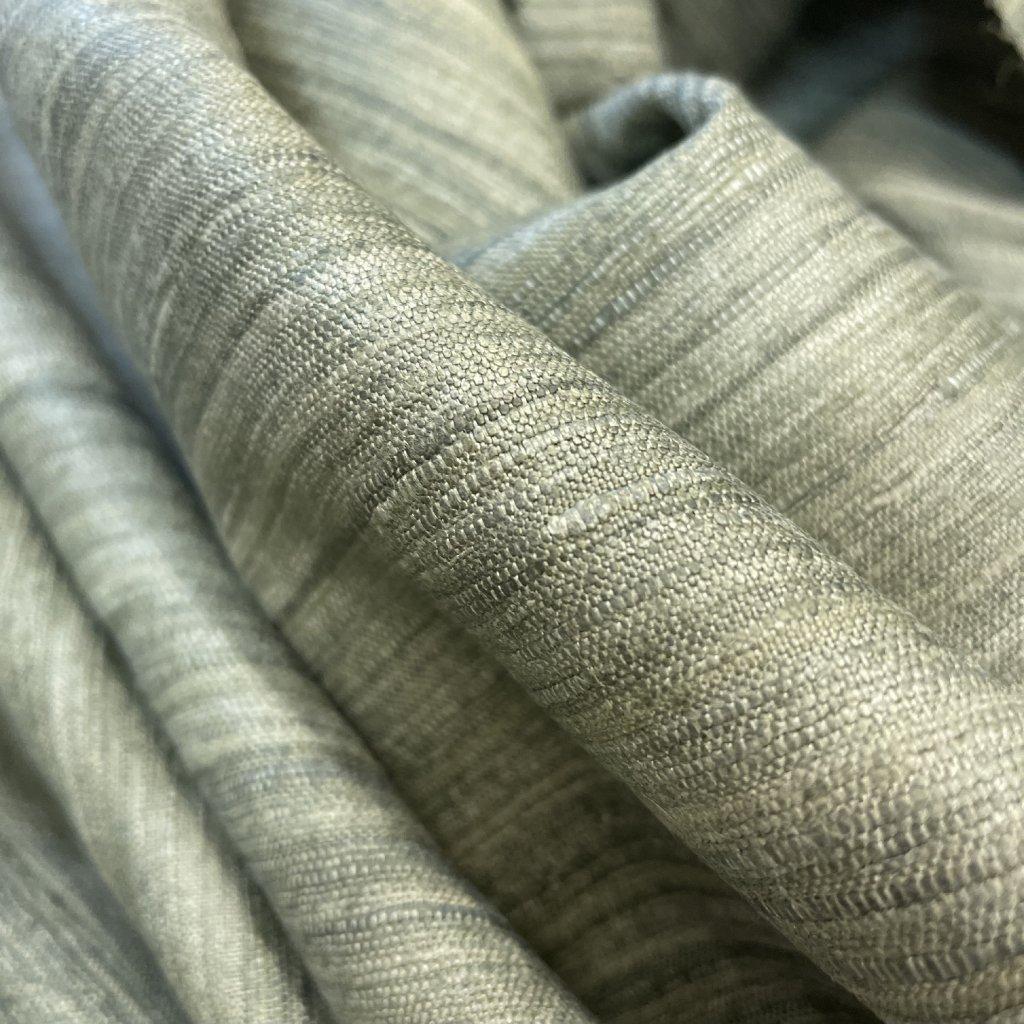 Hedvábný tussah/ jemný buret, letní travnatá louka
