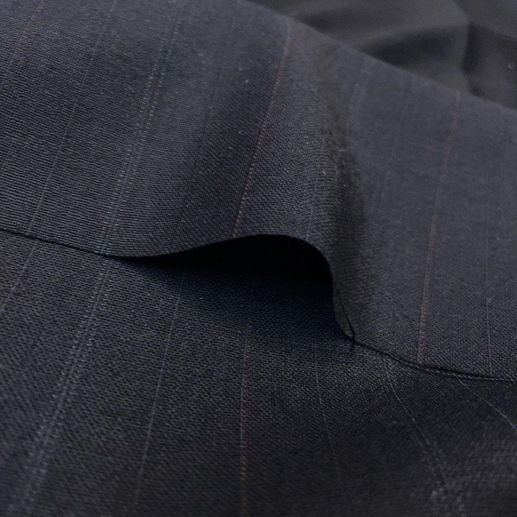 Černá lehká oblekovka, vlna, nenápadný proužek