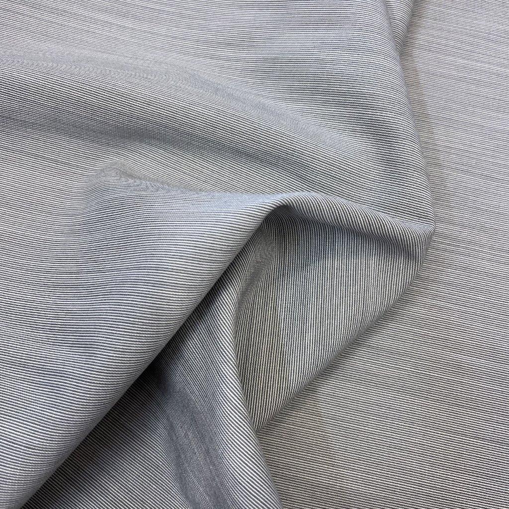 Šedá oblekovka Pietro Filipi, vlna