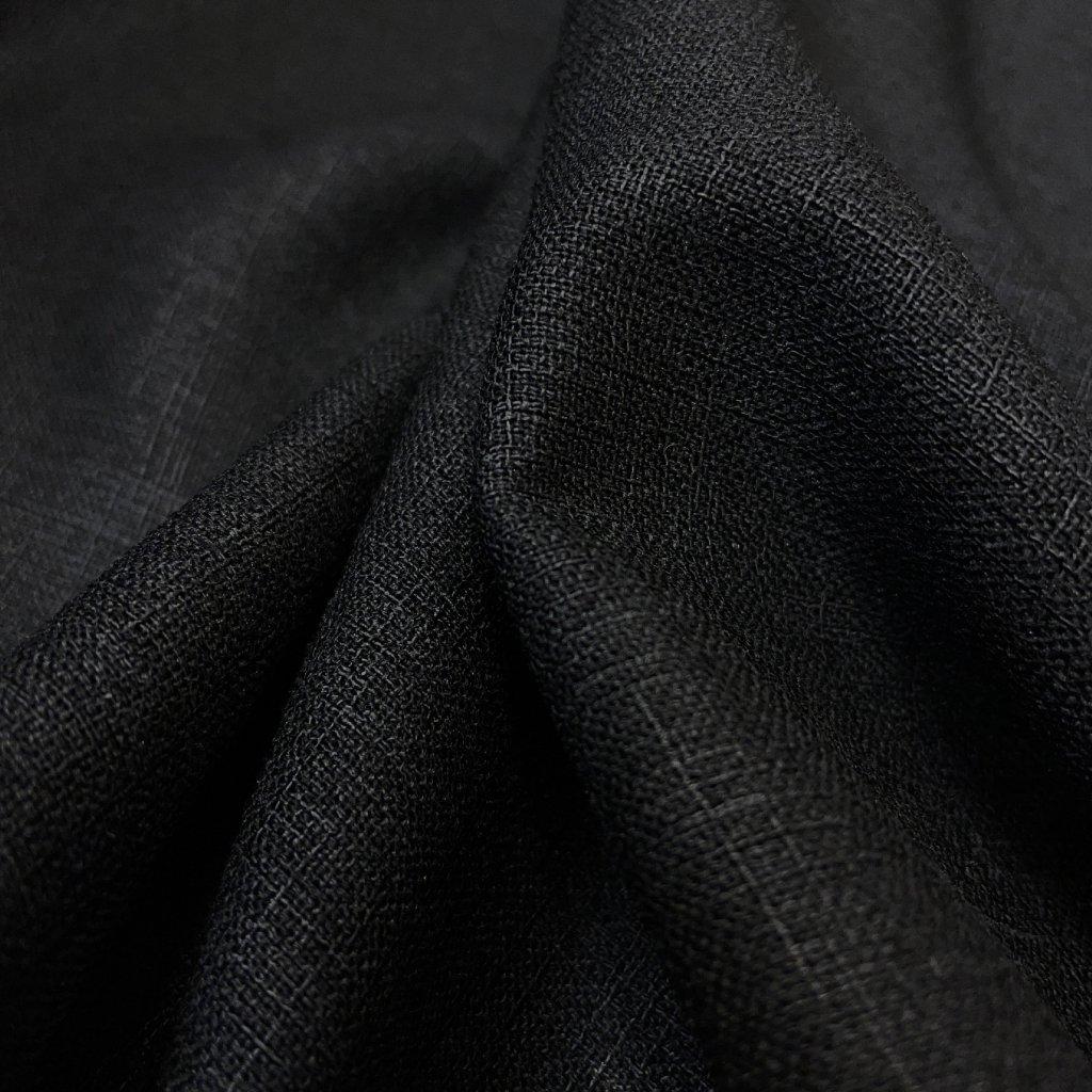 Černý polyester, lněný vzhled