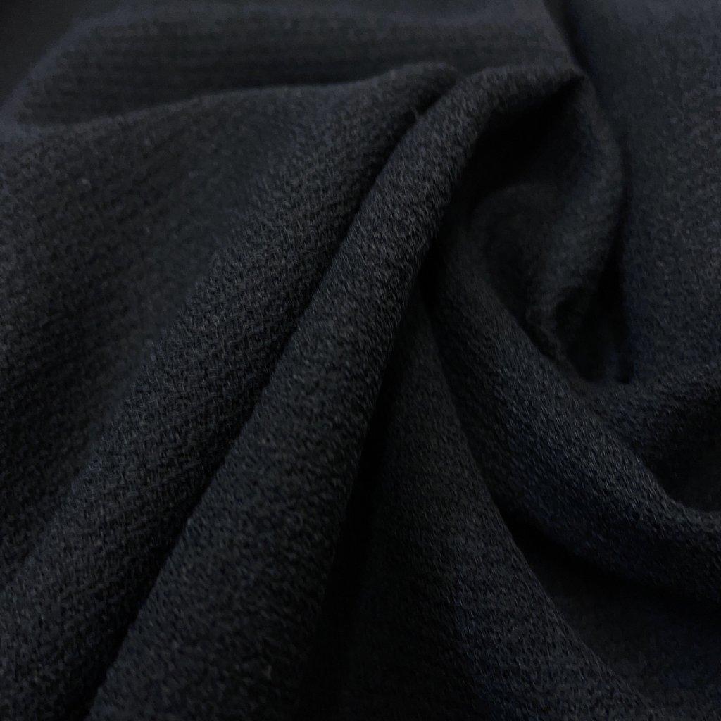 Černá kostýmovka polyester