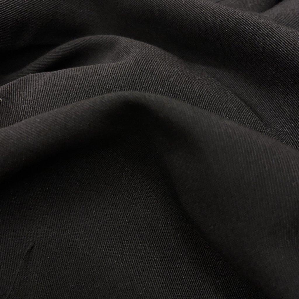 Černý splývavý ryps, viskóza