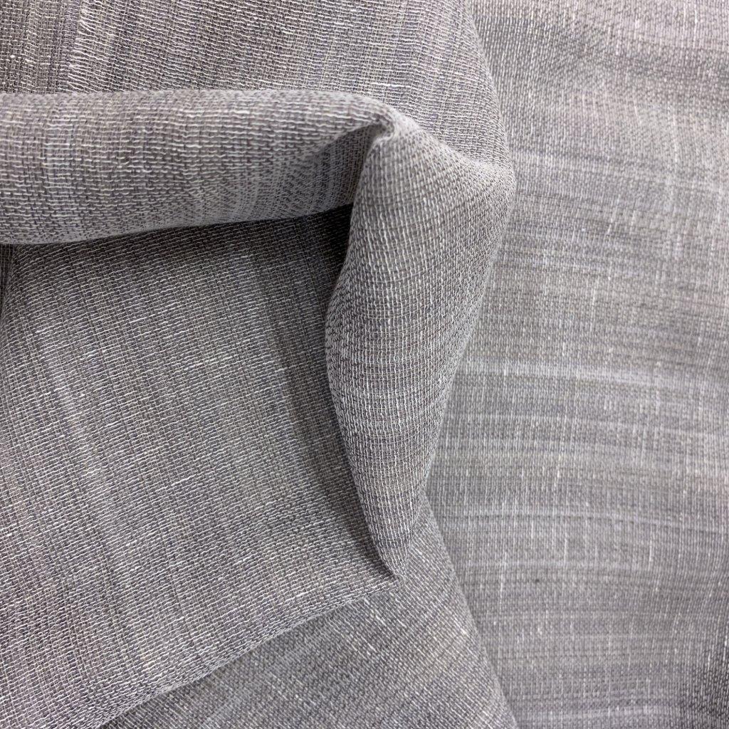 Šedá transparentní směs syntetických vláken, lnu a bavlny