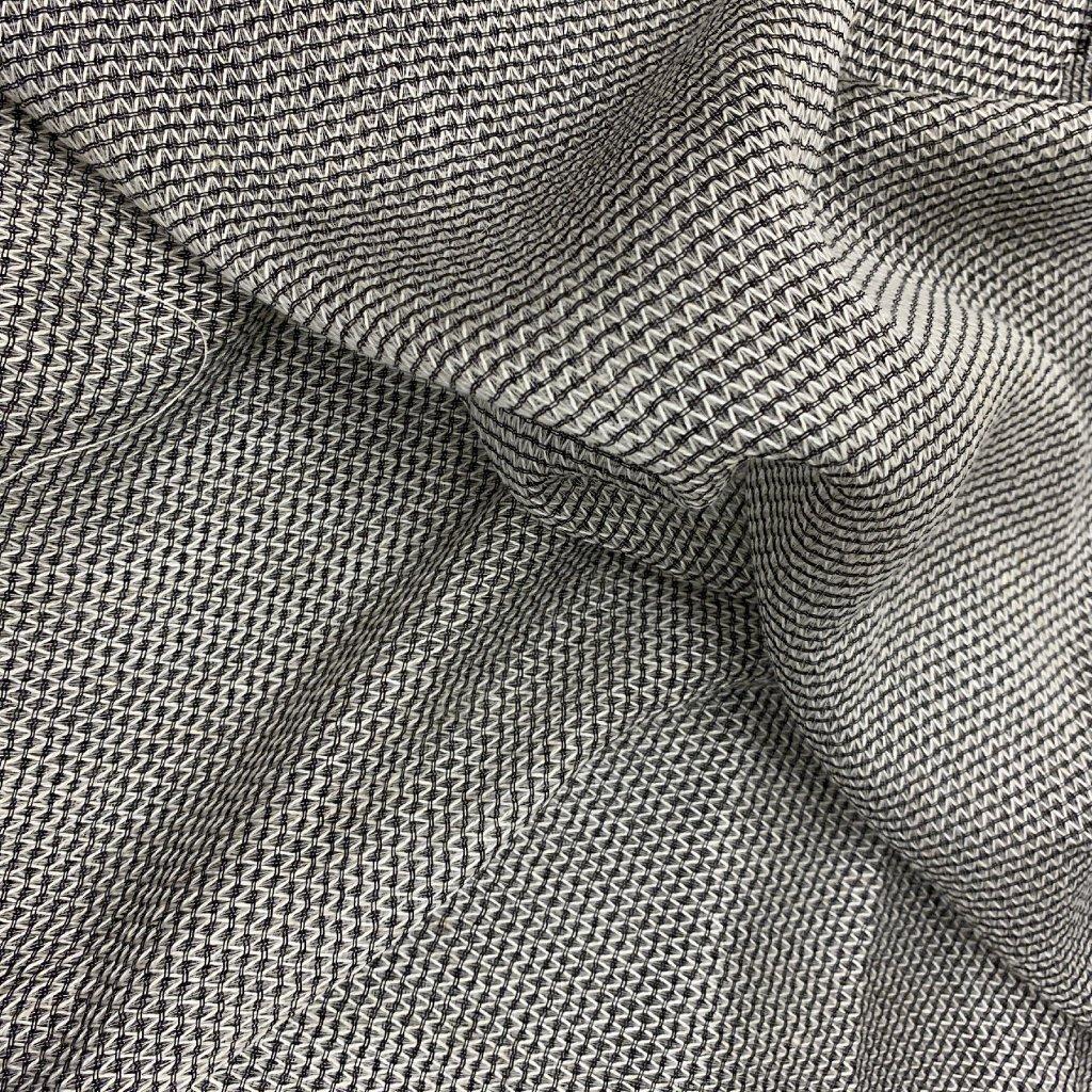 Bíločerná záclonovina