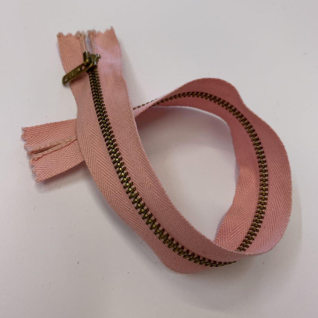 Zip růžový 24CM