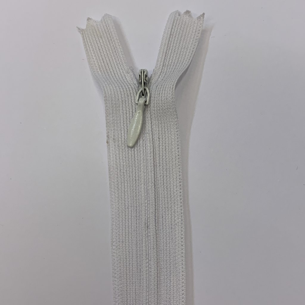 Skrytý zip bílý 24CM