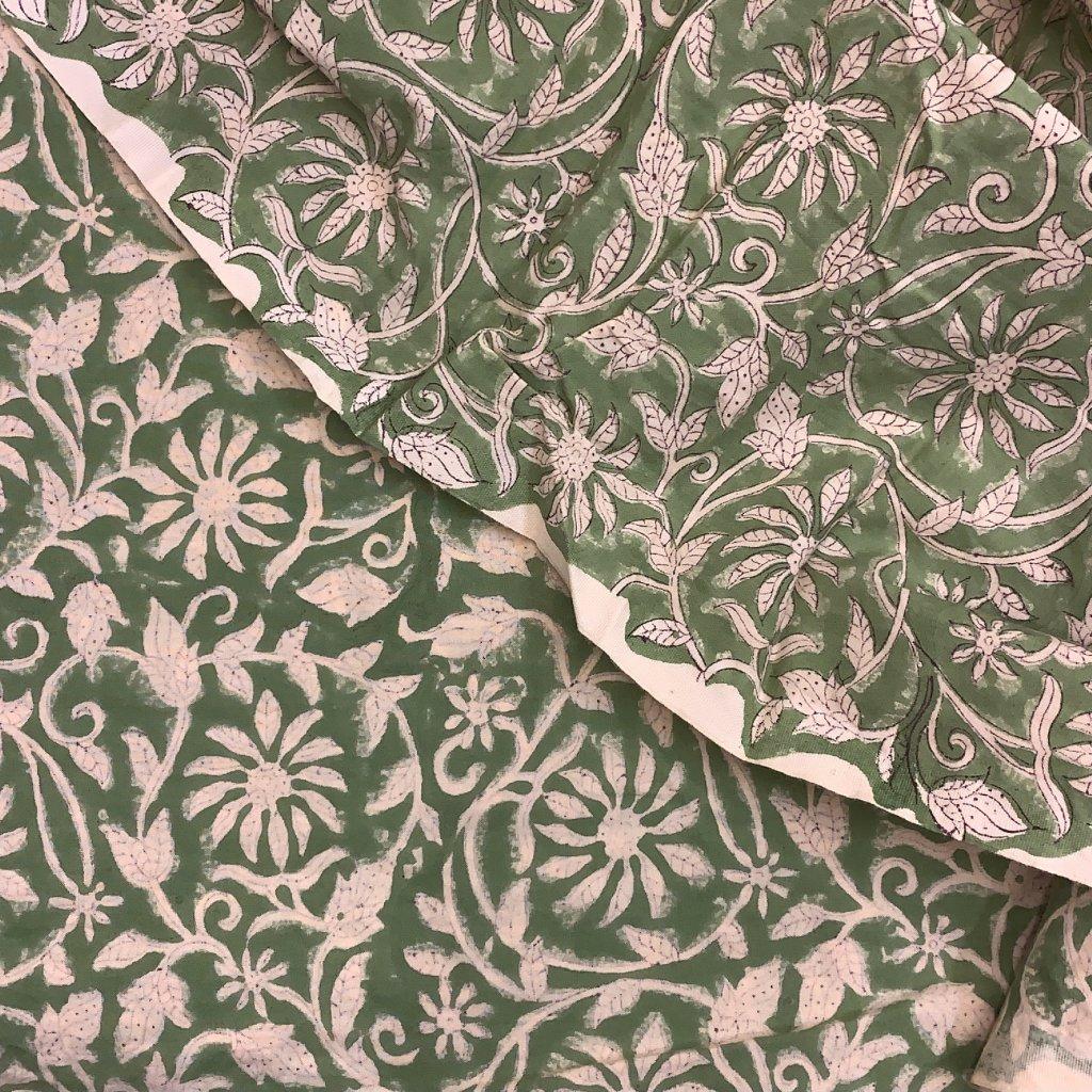 Jain&Kriz ručně tištěné bavlněné plátno Flowers Green