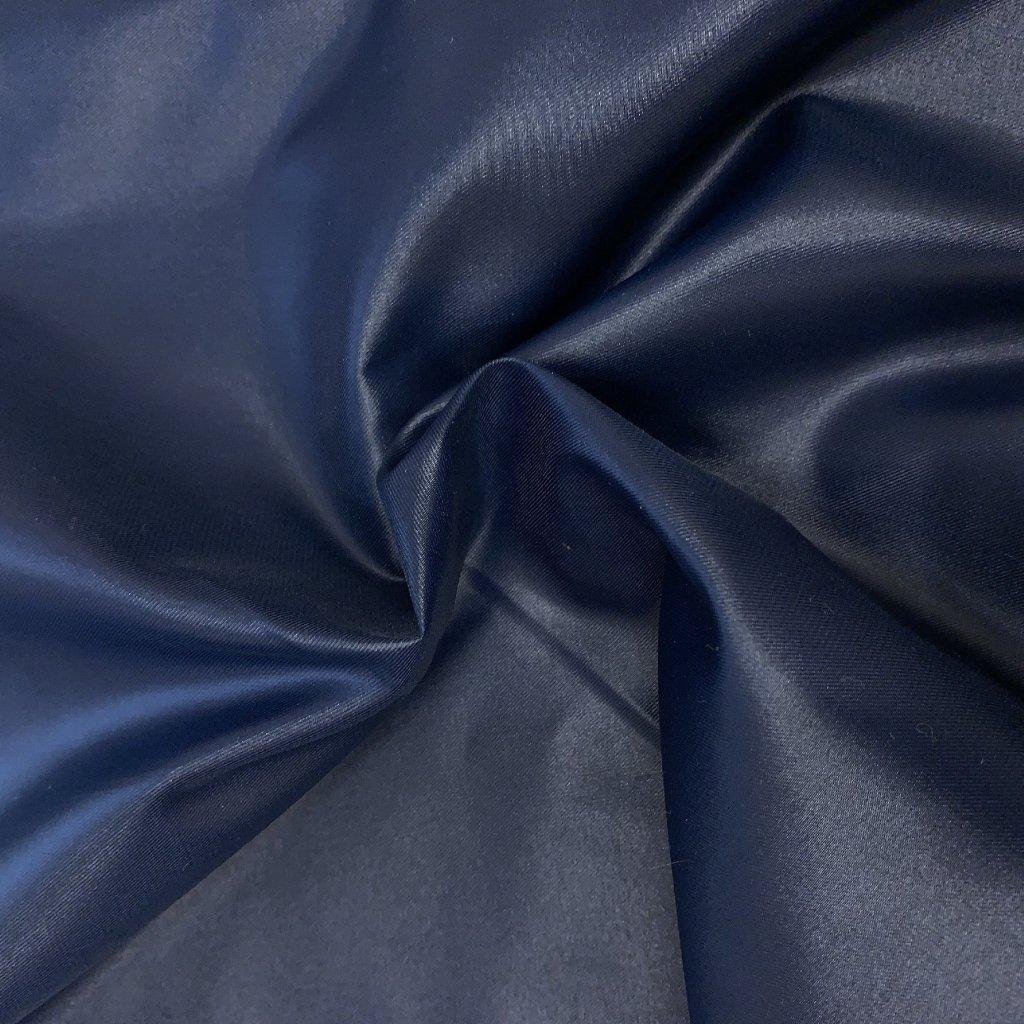 Tmavě modrý šusťák