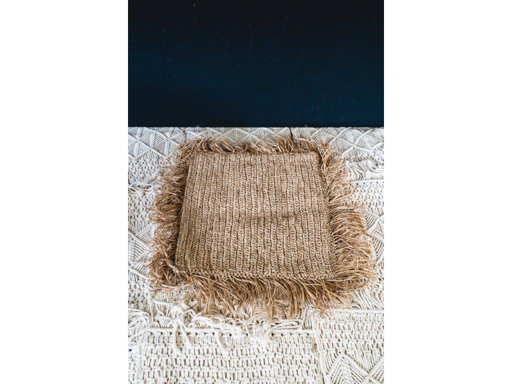 Povlak na polštář z mořské trávy s třásněmi