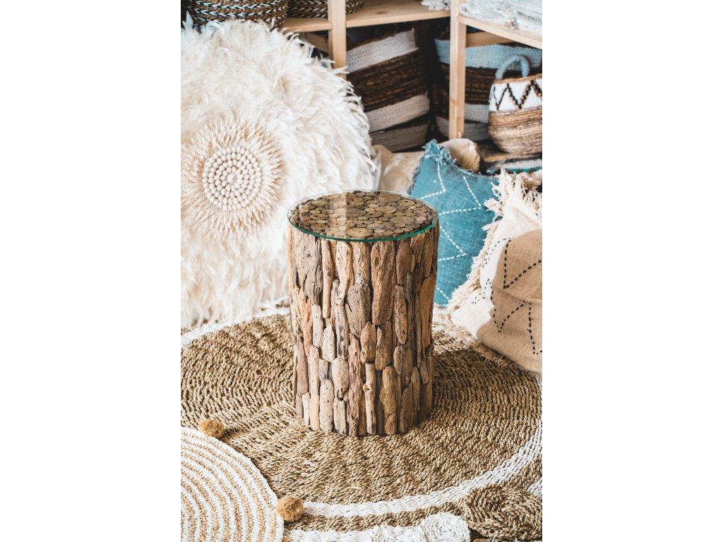 Dřevěný stůl se skleněnou deskou