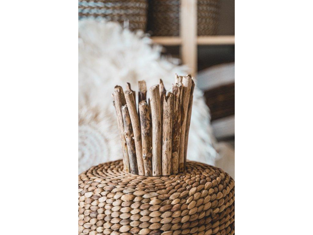 Dřevěný stojánek na svíčku