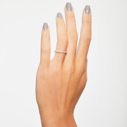 Briliantový prsten zbílého zlata slab-grown diamanty Gemma