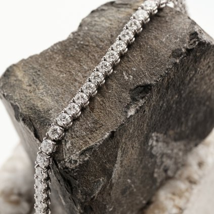 Tenisový náramek zbílého zlata s lab-grown diamanty Brilliant