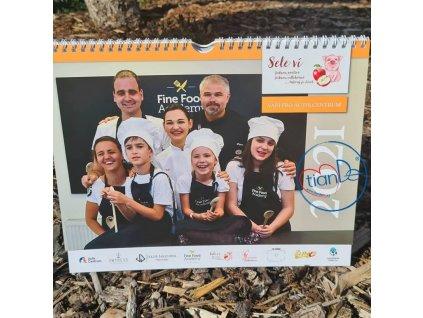 Charitativní kalendář pro Autis Centrum
