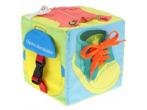 Hračky - hračky pre najmenších - vývojová logická kocka pre najmenších - logické hry - darček pre deti