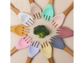 Detský príbor - príbor - detská silikónová vidlička s drevenou rukoväťou - darček pre deti