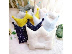 Dekorace - polštáře - polštář pro děti ve tvaru korunky v různých barvách - dětský pokoj - dárek pro děti