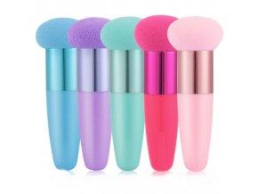 Kozmetika - štetec na make up s hubkou - štetec - líčenie
