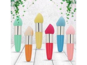 Kozmetika - štetec na make up s hubkou so zahnutým koncom - štetec - líčenie