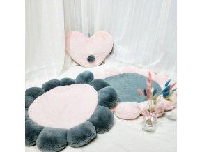 Koberec - chlpatý koberec na sedenie v tvare kvetiny - detský koberec - detská izba